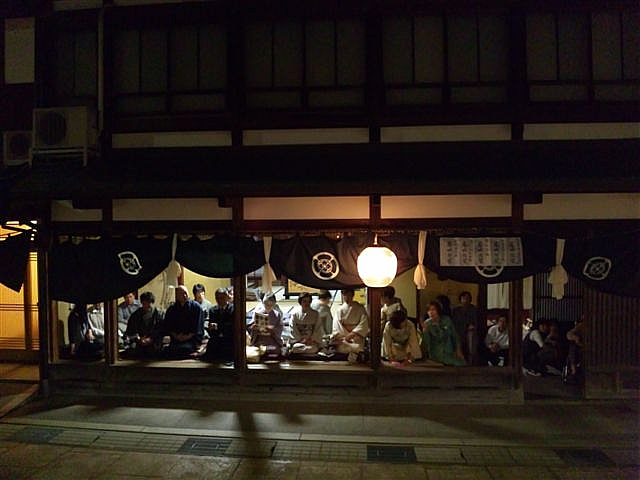 見に来られ 城端 曳山祭 (10)