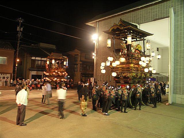見に来られ 城端 曳山祭 (14)