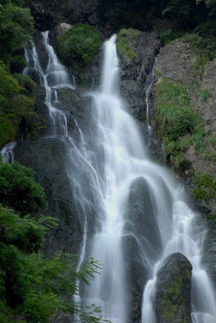 「滔々の滝」4