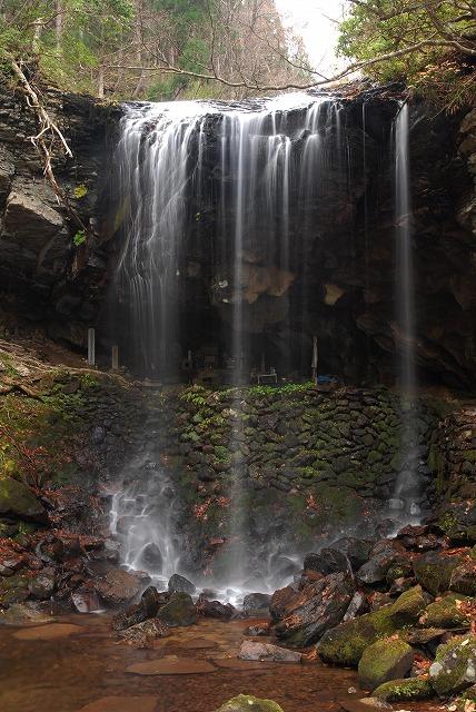 岩井の滝1