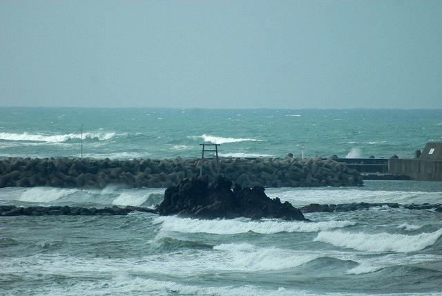 荒れる羽合海岸3