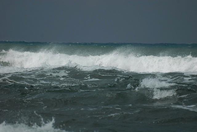 荒れる羽合海岸4