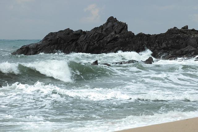 荒れる羽合海岸5