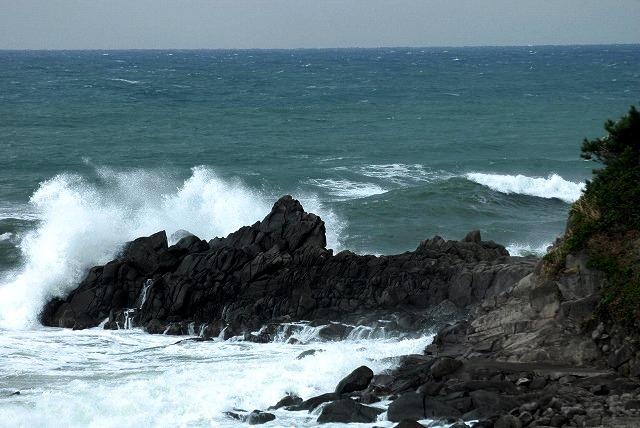 荒れる羽合海岸7