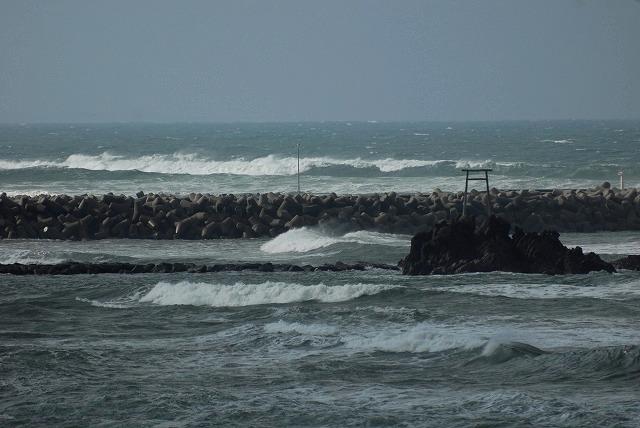 荒れる羽合海岸8