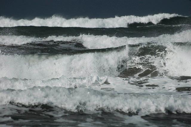 荒れる羽合海岸15