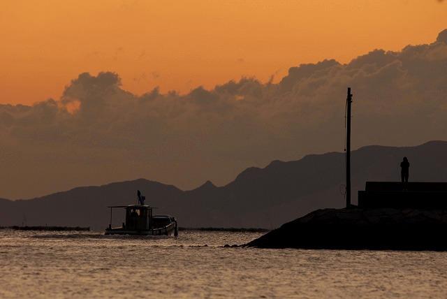 玉津港の朝焼け5