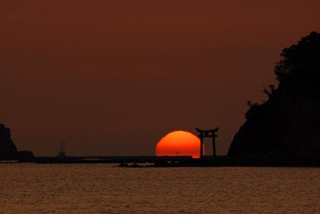 日の出10