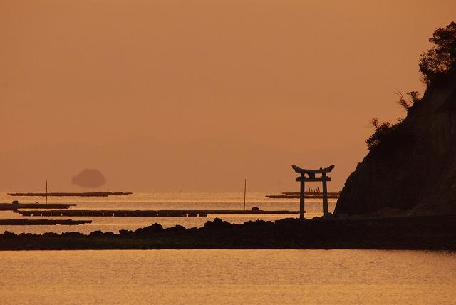 長島手影島の鳥居