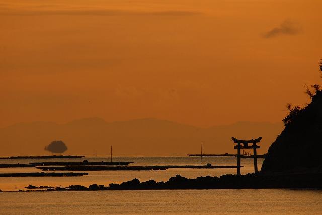 手影島の長島神社