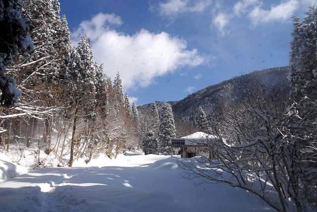 冬の岩井滝2