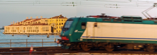0panorama 列車-01