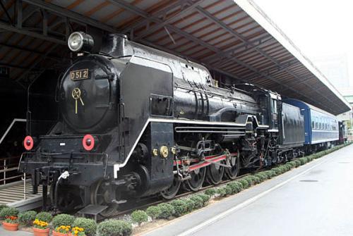 D512000.jpg