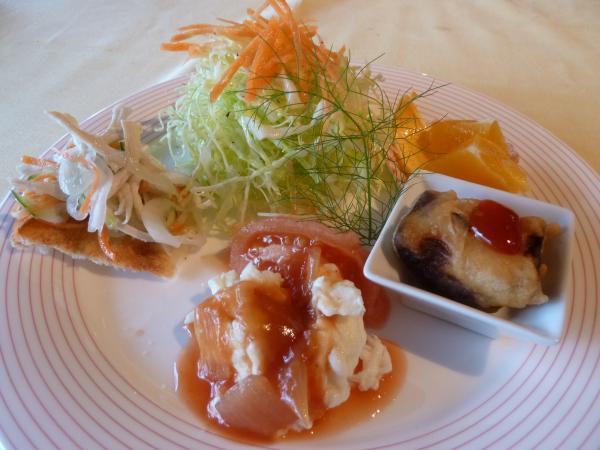 前菜サラダ3