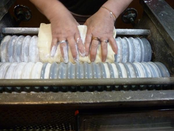 麺伸ばし2