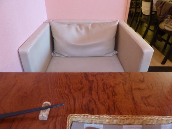 テーブルと椅子3