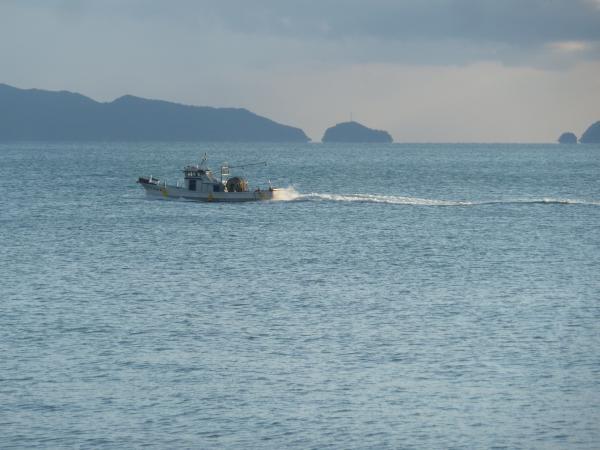 岐路漁船3