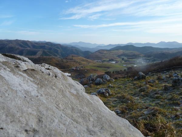 石灰岩と牧場4