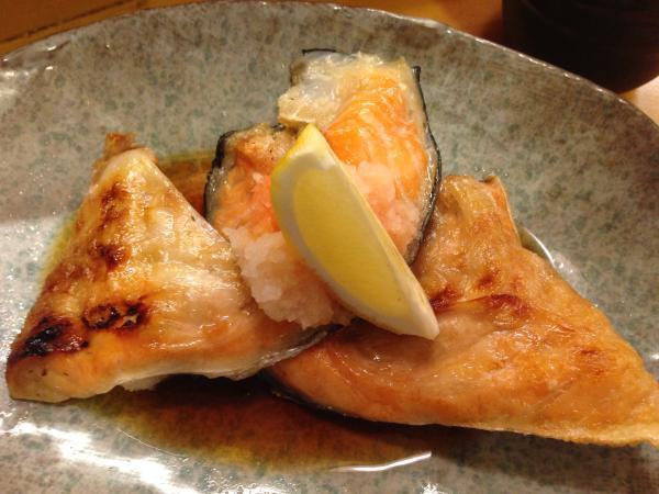 鮭のカマ塩焼き8