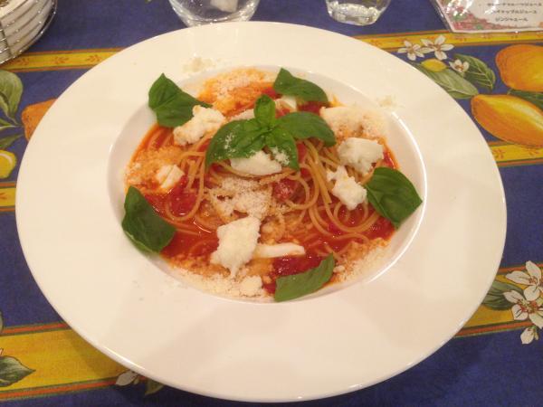 トマトとモッツアレラチーズのスパゲッティ6