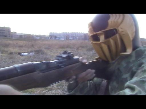 銃を撃つシーン