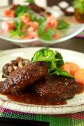 肉汁ジューシーで美味しい!と絶賛の★プレミア神戸牛ハンバーグ