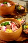 たっぷりタラバガニ身で彩り茶碗蒸し、カニちらし寿司、かにもずく酢♪