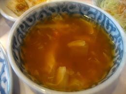 辛くて、ちょっと酸っぱいスープ