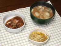 12/21 夕食 豚汁、ひろうすの煮物、もやしとコーンのカレー炒め