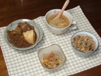 12/27 夕食 肉豆腐、春雨サラダ、白菜とベーコンのスープ、きのこ炊き込みご飯