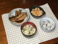 2/26 夕食 子持ち鰈の煮物、炒り豆腐、玉子スープ、ひじきご飯