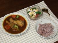 2/28 夕食 根菜スープカレー、スナップえんどうとトマトのサラダ、黒豆雑穀ご飯