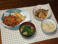 4/22 夕食 桜えびと筍の天ぷら、筍の煮物、小松菜と松山揚げの味噌汁、筍ご飯