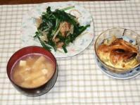 6/15 夕食 肉ニラ炒め、ポテトとウィンナのマヨグラタン、豆腐と油揚げの味噌汁