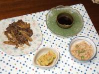 9/17 牛肉とゴボウのオイスター炒め、刺身こんにゃく、揚げ出し豆腐、干し小エビの炊き込みご飯
