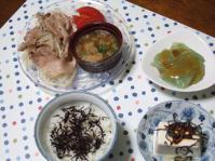 9/6 夕食 豚肉ともやしのレンジ蒸し、刺身こんにゃく、冷奴、ひじきふりかけご飯
