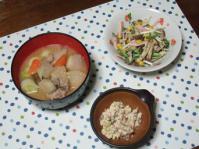 3/7  夕食 豚汁、水菜としめじのヘルシーサラダ、こんにゃくの白和え