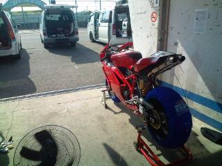 F1000208.jpg