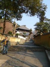 二月堂から東大寺へ