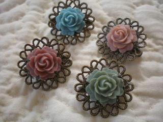 薔薇カボションブローチ