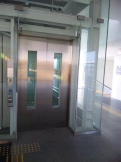 ゆう エレベーター
