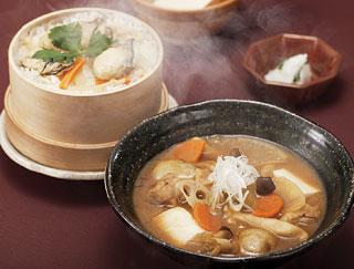 かきご飯と根野菜の味噌汁