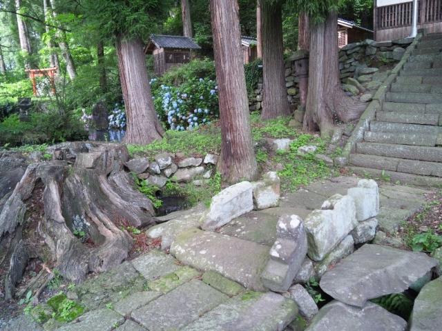 龍宮神社の石橋 (4)