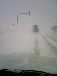 猛吹雪の予感