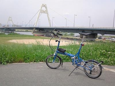 tikit in 豊里大橋