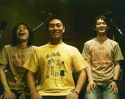 広島の赤いクルー