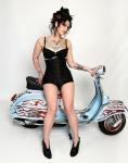 Danielle Colby Cushman 海外番組アメリカンピッカーズ(American Pickers) セクシー おっぱいの谷間 太もも タトゥー 高画質エロかわいい画像4