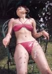 熊田曜子 セクシー ビキニ水着 おっぱいの谷間 股間食い込み 水ぶっかけ ムチムチ マンスジ 濡れている 高画質エロかわいい画像50