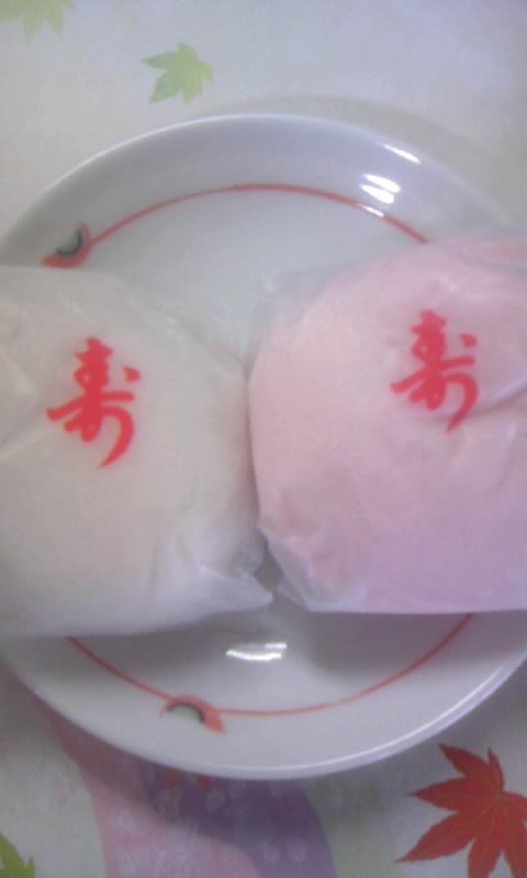 100503_081030紅白饅頭