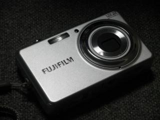 富士フイルム FinePix J30